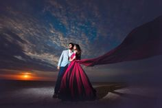 Picture from Priyam Parikh Pictures Photo Gallery on WedMeGood. Photo Poses For Couples, Couple Picture Poses, Couple Photoshoot Poses, Couples Images, Couple Shoot, Photoshoot Ideas, Pre Wedding Shoot Ideas, Pre Wedding Poses, Pre Wedding Photoshoot