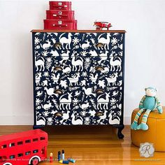 Decorating Kids Room with Animal Pattern and Decor - Otomi Folk Art Furniture Stencils - Royal Design Studio