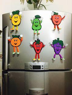 Moldes de figuras de frutas en foami para la nevera Imagui Preschool Food Crafts, Craft Activities For Kids, Kindergarten Classroom, Crafts For Kids, Creative Crafts, Diy And Crafts, Arts And Crafts, Fruit Crafts, Bible Crafts