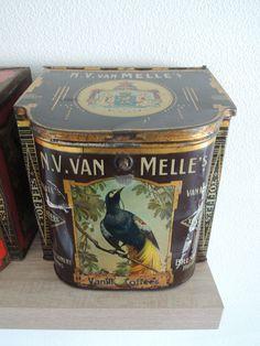 Van Melle toffee tin, brown version
