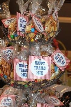 This is the McLife!: Ben's Cowboy Party…the details This is the McLife!: Ben's Cowboy Party…the details Cowboy Party Favors, Cowboy Theme Party, Cowgirl Party Food, Cowboy Snacks, Farm Party Favors, Cowboy Food, Horse Birthday Parties, Cowboy Birthday Party, 2nd Birthday