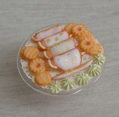 1/12th scale - tea cup cookies