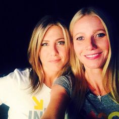 Pin for Later: A Guide to Gwyneth Paltrow's Selfie Style The A-List Selfie Gwyneth got her friend Jennifer Aniston in on a snap.