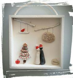Christmas Pebble Art, Driftwood Christmas Tree, Christmas Rock, Christmas Gifts, Christmas Decorations, Stone Crafts, Rock Crafts, Christmas Box Frames, Stone Pictures