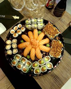 Nous vous proposons les meilleurs sushis à volonté de Paris, à consommer sans modération. Resto Paris, Dairy, Cheese, Food, Essen, Meals, Yemek, Eten