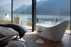 Laufen - Palomba bath with a view Laufen Bathroom, Bathroom Sets, Bathrooms, Luxury Furniture, Furniture Design, Philippe Starck, Design Case, Furniture Companies, Corner Bathtub