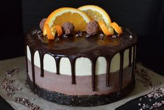 <p>This raw cheesecake is a showstopper in both taste and presentation. Chocolate and orange, yum! </p>