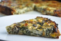 If the spinach quiche associates you with anything, this recipe will enrich your ideas about the delicious flavor. Spinach Cake, Spinach Quiche, Sin Gluten, Gluten Free, Low Calorie Recipes, Healthy Recipes, Healthy Quiche, Leaf Vegetable, Puff Pastry Dough