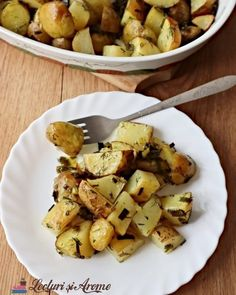 Prajitura Krantz cu nuca si caramel (reteta veche) - Lecturi si Arome Potato Salad, Potatoes, Vegetables, Ethnic Recipes, Smoothie, Food, Syrup, Smoothies, Shake