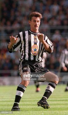 Ian Rush, Newcastle United Football, St James' Park, Association Football, Most Popular Sports, Retro Football, Boys Playing, Black N White, Football Players