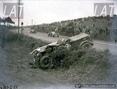 , the old Le Mans team of Capt Woolf Barnato and Lt Cr. Glen Kidston ...
