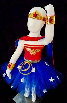 This is the ideal Halloween costume for the super girl in your life. This would also be perfect for a Super hero themed birthday party. This would also make a very beautiful Pageant dress for your little super hero. The dress will sparkle and shine on the stage. Materials are of high quality and the ideia was to create a very cute but simple outfit. The outfit includes: TUTU skirt with stars, and lasso, LONG and SHORT SLEEVES T-shirts and STRAPLESS TOP plus CAP, MASK, BRACELETS and HEADBAND…