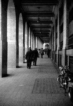 SAMEER MAKARIUS. Esta serie pertenece a la imágenes del libro Buenos Aires y su gente de 1960.