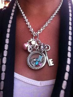 Origami Owl is a leading custom jewelry company known for telling stories through our signature Living Lockets, personalized charms, and other products. Origami Owl Necklace, Origami Owl Lockets, Origami Owl Jewelry, Diy Necklace, Locket Bracelet, Locket Charms, Owl Charms, Tiffany, Locket Design
