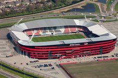 AFAS Stadion es un estadio multiusos que está situado en la ciudad de Alkmaar, Países Bajos. En él juega como local el club AZ Alkmaar que participa en la Eredivisie. El estadio cuenta con capacidad para 17.000 espectadores y fue inaugurado en el 2006.