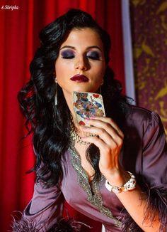 """Платье """"ВОРОЖЕЯ"""" Платье """"ВОРОЖЕЯ"""" из коллекции «МАГИЯ ДИВА»(Magic diva)(языч.укр. миф.) ВОРОЖЕЯ - Ведьма,вештица, волшебница, колдунья, чаровница) — женщина, практикующая магию (колдовство), а также обладающая магическими способностями и знаниям"""