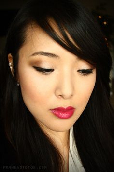 From Head To Toe: Naked 2 Holiday Tutorial!
