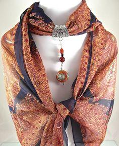 Bijou de foulard sur bélière avec foulard, pendentif tibétain et pierres de gemme - 050315-BJ-002 : Echarpe, foulard, cravate par si-mes-perles-etaient-contees
