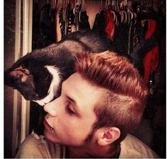 Ahhh, Here we have a photo of the wild Andy and his cat