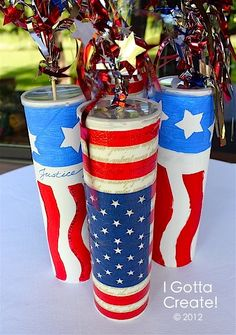 DIy- Pringles Can Firecracker centerpiece for Memorial Day! Patriotic Crafts, July Crafts, Summer Crafts, Holiday Crafts, Holiday Fun, Patriotic Party, Holiday Ideas, Patriotic Quotes, Patriotic Wreath