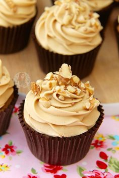 Light & Moist Coffee and Walnut Cupcakes with Coffee Buttercream Frosting! I have been trying to think of Cupcake recipes that people would want to. Coffee And Walnut Cupcakes, Coffee Cupcakes, Coffee Cake, Coffee Menu, Coffee Poster, Coffee Creamer, Coffee Drinks, Cupcake Recipes, Baking Recipes