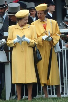 VogueUK:  1988 – The Queen and Princess Anne wore matching buttercup yellow ensembles to the Derby at Epsom Downs in the Eighties.