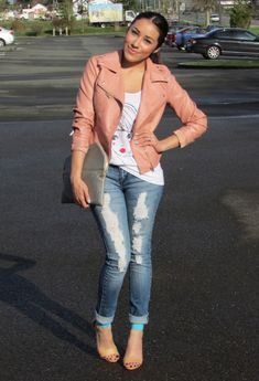 Discover this look wearing Peach Forever 21 Jackets, Blue Macys Jeans, Aquamarine Forever 21 Heels - FAVORITE JEANS by andystyle styled for Chic, Other in the Spring Distressed Jeans Outfit, Cuffed Jeans, Skinny Jeans, Outfits Juvenil, Blazers, I Love Fashion, Fashion 101, Ladies Fashion, Fashion Ideas