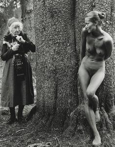 Imogen-Cunningham-and-Twinka-Thiebaud-by-Judy-Dater-1974.jpg (1005×1280)