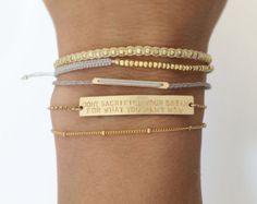 Personalisierte Manschette Armband inspirierende von LayeredAndLong