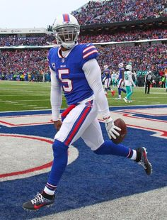 808352008 Check out photos of the 2017 Buffalo Bills as they take on the Miami  Dolphins.