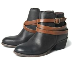 Horrigan Black - One of Hudsons most successful ladies leather ankle boots. A split in the upper gives these great little Cuban he...