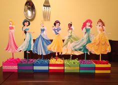 Disney party decorations Disney Princess Centerpieces, Disney Party Decorations, Princess Birthday Party Decorations, Disney Princess Birthday Party, Princess Party Favors, Princesas Disney, 4th Birthday, Disney Princess Birthday, 1st Birthday Party Decorations