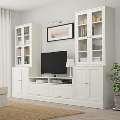 HAVSTA TV storage combination/glass doors - white - IKEA If instead of the right unit you continued the lower cabinets Living Room Built Ins, Living Room Tv, Ikea Living Room Storage, Tv Wall Ideas Living Room, Living Room Built In Cabinets, Ikea Dinning Room, Living Room Glass Cabinet, Living Room Without Fireplace, Ikea Hemnes Living Room