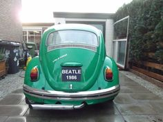 Back of my Aircooled VW beatle (Kever) 1968, before restoration.