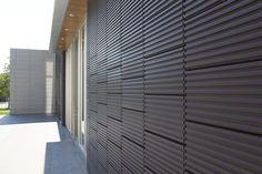 Hamilton College Wellin Msueum of Art/ TerraClad™ Ceramic Rain Screen System / Boston Valley Terra Cotta School Architecture, Architecture Details, Cladding Design, Studio City, Terracotta, Brick, Rain, House Design, Exterior