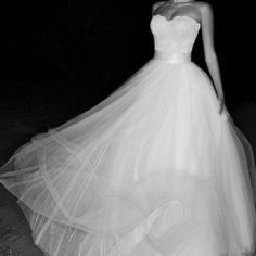 Beautiful lace and tulle wedding dress