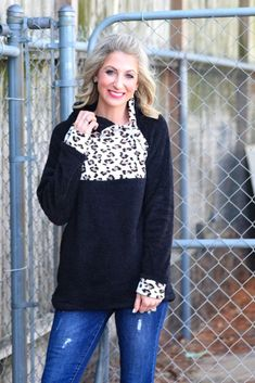 Shop Jess Lea Boutique Larissa Leopard Fleece Pullover - PREORDER  #jesslea #jessleaboutique #jessleastyle #casualstyle #momstyle #casualoutfit #easyoutfit #ootd #boutique #boutiquestyle #pullover #sherpastyle #sherpaoutfit #cozyoption #comfyoutfit #fallfashion2020 #fallstyle