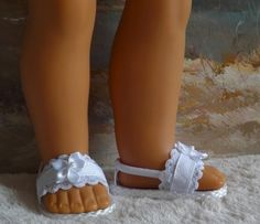Fits Like American Girl Doll Clothes Sandals for 18 doll and and 16 AGAT (You Select Size) White Lace and Ribbon Medley American Girl Doll Shoes, American Girl Diy, American Doll Clothes, Girl Doll Clothes, Girl Dolls, Doll Shoe Patterns, Journey Girls, Wellie Wishers, 18 Inch Doll