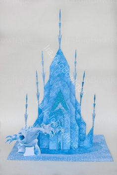 Frozen Birthday Party, Birthday Parties, 4th Birthday, Frozen Party Centerpieces, Castle Party, Snow Monster, Movie Cakes, Old Country Churches, Ice Castles