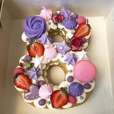 А это мой в общем, мир захватили эти цифры и я не смогла устоять перед ними! Внутри медовые коржи, чиз на сливках и соленая карамелька. Завтра буду дегустировать #тортцифра#тортна8марта#мойторт Pretty Cakes, Cute Cakes, Yummy Cakes, Candy Cakes, Cupcake Cakes, Pink Velvet Cupcakes, Alphabet Cake, 8th Birthday Cake, Cake Lettering
