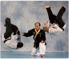 Jang Mu Won Hapkido has three major principles which serve as the foundation of the art and which are manifested in defensive techniques: the Water principle, the Circle principle, and the Harmony principle. Hapkido, Korean Martial Arts, Self Defense Techniques, Martial Arts Training, Popular Sports, Martial Artist, Action Poses, Fight Club, Tai Chi