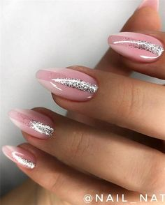 Everyone hopes that their beloved gel nail designs can be kept for a long time. In fact, whether or not there is no effect of gel nail maintenance, Recommend to re do manicure after three weeks. Are these Pretty & Easy Gel Nail Designs to Copy in 2019 Glitter Nail Polish, Gel Nail Art, Matte Nails, Gel Nail Designs, Simple Nail Designs, Pretty Gel Nails, Easy A, Gel Nails At Home, Nail Effects