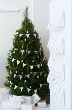 #MazzTuinmeubelen-- #Inspiratie #Kerstmis #Kerst #Kerstboom #Kerstversiering #Christmas #Three #Home #Styling #Livingroom