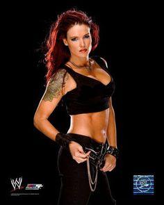 Amy Dumas aka Lita of WWE fame. She is my favorite girl wrestler of all time Wrestling Superstars, Wrestling Divas, Women's Wrestling, Wwe Lita, Wwe Female Wrestlers, Female Athletes, Lord, Victoria, Wwe Womens