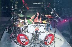 can anyone give me some info on the white sonor kit Tbone used on the theatre of pain tour.i have seen one for sale i want to get it! Motley Crue Now, Tommy Lee Motley Crue, Set Theatre, Pearl Drums, Famous Guitars, How To Play Drums, Band Photos, Drum Kits, Custom Guitars