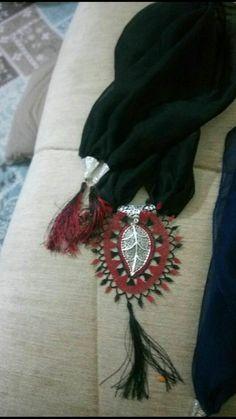 Irish Crochet, Arkansas, Shawls, Scarves, Brooch, Jewelry, Facts, Scarfs, Jewellery Making