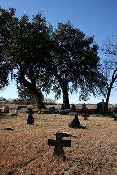 These little cemeteries are my favorite! :-)