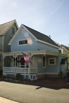 107 Bay View Ave, Salem, MA 01970