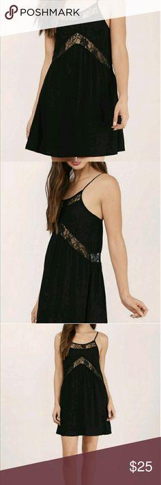 Tobi Lace Panel Shift Dress Reposh! Lightly worn, very cute. Says size L but definitely more of a S/M Tobi Dresses Mini