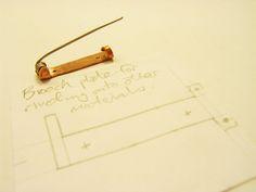 Simple Brooch Pin backs. | FluxPlay.